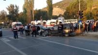 Mersin'de Trafik Kazası Açıklaması 2 Ölü, 7 Yaralı