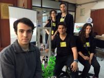 YıLDıZ TEKNIK ÜNIVERSITESI - Öğrencilerden Kutu Toplayan Robot