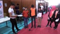 BURMA - Öğrencilerin Yaptığı Robot Örümcek İlgi Görüyor