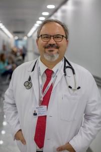 Prof. Dr. Gençbay Açıklaması 'Kalp Hastalığı Olan Çoğu Bireyde Cinsel Aktivite Risk Teşkil Etmiyor'