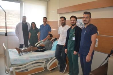 Tatvan'da Kemik Birleştirme Ameliyatı