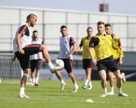 MEHMET CENGİZ - A Milli Futbol Takımı Rusya Maçı Hazırlıklarını Sürdürdü