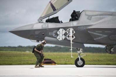 ABD Ve İsrail'den Sonra İngiltere De F-35 Savaş Uçaklarının Uçuşunu Durdurdu
