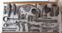 SÜLEYMAN DEMİREL - Alexandria Troas Kazılarında Bin 500 Yıllık Tarım Aletleriyle Birlikte Pithos Bulundu