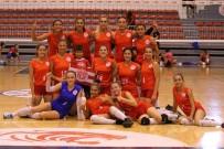 MARATON - Antalyaspor Kadın Voleybol Takımı Ligdeki 3.Maçına, Pazar Günü Çıkacak