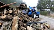 Bolu'da Kavak Yüklü Kamyon Devrildi