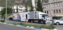 ULAŞ AKHAN - Büyükşehir, Kaş'ta Aşure Dağıttı
