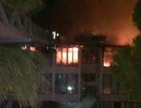 KARAHAYıT - Denizli'de Otel Yangını