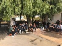 OTURMA EYLEMİ - Elazığspor'da personel iş bıraktı