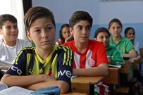 ÖZLEM YILMAZ - En Fanatik Okul