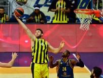 ÜLKER - Fenerbahçe'den Muhteşem Başlangıç