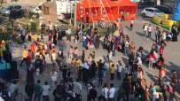 FOLKLOR GÖSTERİSİ - Geyve Festivali Başladı