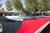 YETİM ÇOCUK - Hacı Bayram Camii'nde İsrail Protestosu
