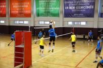 VOLEYBOL TAKIMI - Haliliye'den Voleybol Maçına Davet