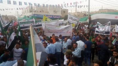 İdlib'de Esad Karşıtı Protesto