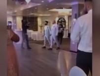 EŞCINSEL - İzmir'de 2 erkek evlendi