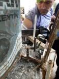 KORKULUK - Koluna Saplanan Korkuluk Demiriyle Hastaneye Götürüldü