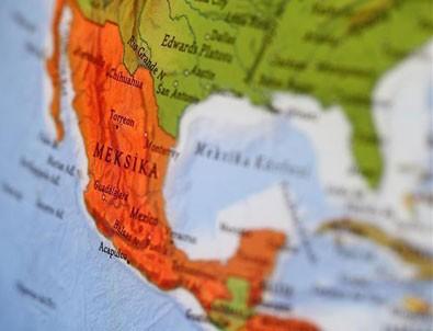 Meksika'da alışveriş merkezi inşaatı çöktü: 7 ölü