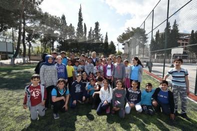 Okul Bahçeleri Spor Alanına Dönüştü