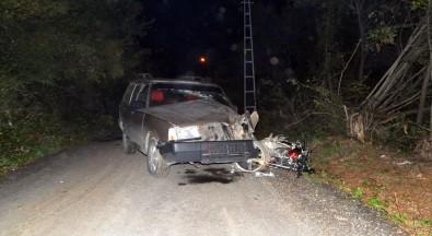 Samsun'da Otomobil İle Motosiklet Çarpıştı Açıklaması 3 Yaralı