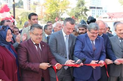 Sultaneli Osmanlı Sokağı Hizmete Girdi