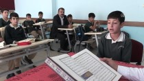 MUSTAFA ÇETIN - 11 Yaşında Aldığı Eğitimle 8 Ayda Hafız Oldu