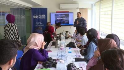 AA'dan ÖNDER'li Gençlere Fotoğrafçılık Eğitimi
