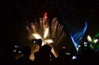 HAVAİ FİŞEK - Adanalılar Lezzet Festivali'nde Işık Ve Havai Fişek Gösterisiyle Coştu