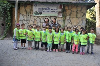 Anaokulu Öğrencileri Egzotik Hayvanlarla Tanıştı