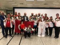 REHABİLİTASYON MERKEZİ - Başkan Gül'de Şampiyon Sporcuya Ödül