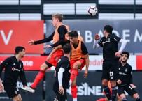 YETİM ÇOCUKLAR - Beşiktaş Hazırlık Maçıyla Çalışmalarını Sürdürdü