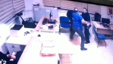 Demir çubukla polisi yaraladı
