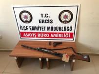 SİLAHLI KAVGA - Erciş'te Silahlı Kavga Açıklaması 7 Yaralı