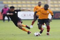 AHMET ÇALıK - Galatasaray, U21 Takımı İle Hazırlık Maçı Yaptı