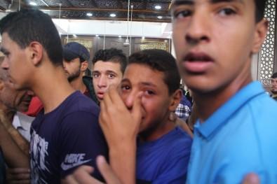 Gazze'de 7 Filistinli Şehit Toprağa Verildi