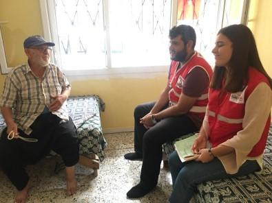 Genç Kızılay Gönüllülerinden Yaşlılara Ziyaret
