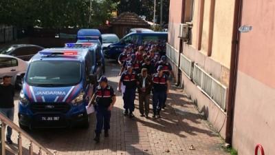 Jandarmadan Şafak Operasyonu Açıklaması 14 Gözaltı