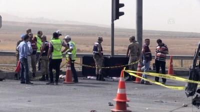 Kahramanmaraş'ta Trafik Kazası Açıklaması 2 Ölü, 5 Yaralı