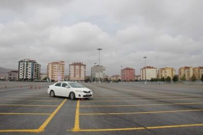 Konya'da Makam Şoförlerine İleri Sürüş Eğitimi