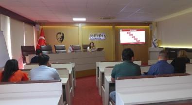 Kuşadası Ticaret Odası'nda Dış Ticaret Bilgilendirme Semineri Yapıldı