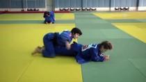TÜRK MİLLİ TAKIMI - Milli Judocuların Dünya Şampiyonası'ndaki Hedefi Altın Madalya