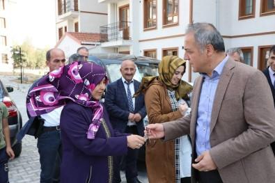 Suluova'da 127 Sosyal Konut Sahiplerine Teslim Edildi