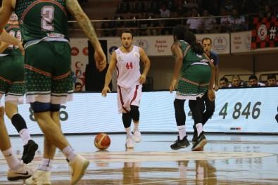 Tahincioğlu Basketbol Süper Ligi Açıklaması Gaziantep Basketbol Açıklaması 73 - Banvit Açıklaması 69