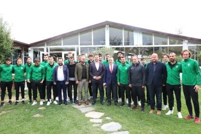 Vali Bilgin, Kırklarelispor Futbolcuları İle Kahvaltıda Buluştu