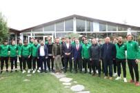 OSMAN BILGIN - Vali Bilgin, Kırklarelispor Futbolcuları İle Kahvaltıda Buluştu