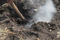 KÖMÜR MADENİ - Yanan Toprak Görenleri Şaşırtıyor