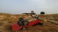 YEŞILKENT - Yoldan Çıkan Araç Kayalıklara Uçtu Açıklaması 3 Yaralı