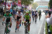 İSTANBUL YOLU - 54. Cumhurbaşkanlığı Bisiklet Turu'nun Son Etabı Start Aldı