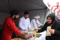 BALIK EKMEK - Bayrampaşa'da 10 Bin Kişiye Hamsi Dağıtıldı