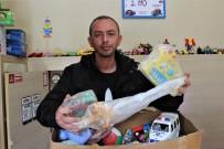 Bozuk Oyuncakları Tamir Edip Fakir Çocukları Sevindiriyor